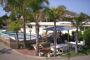 Chapman Court Merimbula apartments with large solar heated swimming pool